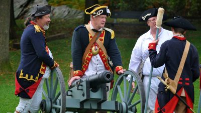burning-of-kingston-reenactment-03