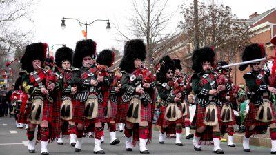 kilts-marching