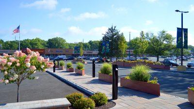 kingston-plaza-front-entrance