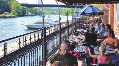 restaurant-rondout-waterfront